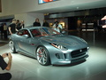 Salon de Francfort 2011- video : Jaguar CX-16 concept : baby Jag'