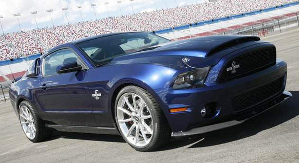 Morsure profonde : 725 chevaux pour la Shelby GT500 Super Snake