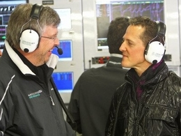 Ross Brawn veut croire en Schumacher