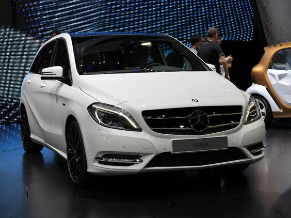 Salon de Francfort 2011 Live - Vidéo - Nouvelle Mercedes Classe B, montée en gamme