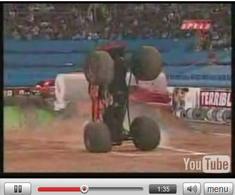 Vidéo Insolite: Monster Truck Freestyle, faut aimer !
