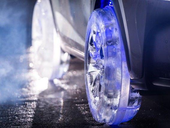 Vidéo : Lexus la glace pour ses pneus?