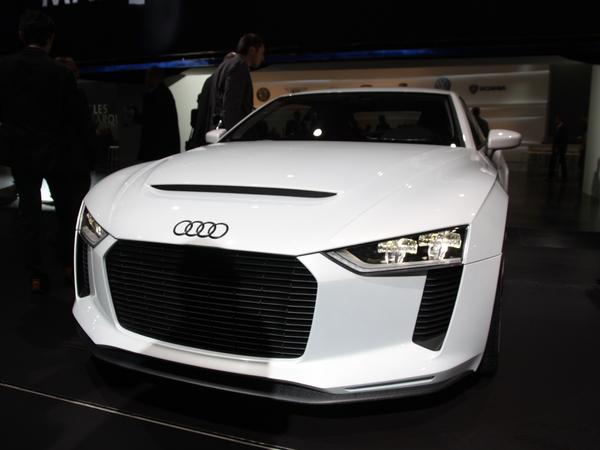 Mondial de Paris 2010 - Audi Quattro Concept : les détails mécaniques et les photos live de sa présentation