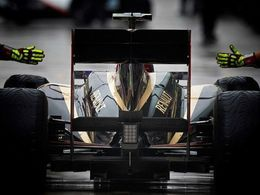 Renault rachète Lotus F1 Team pour une livre symbolique