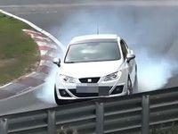 Un freinage totalement raté en Seat Ibiza
