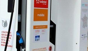 Voitures électriques : le réseau Corri-door supprime 70 % de ses bornes