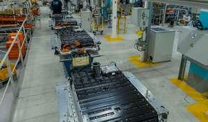 Renault : un premier groupe en France agréé pour la réparation des batteries