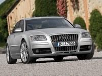 Une Audi RS8 V12 TDi ???