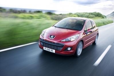 Peugeot 207: La voilà restylée!