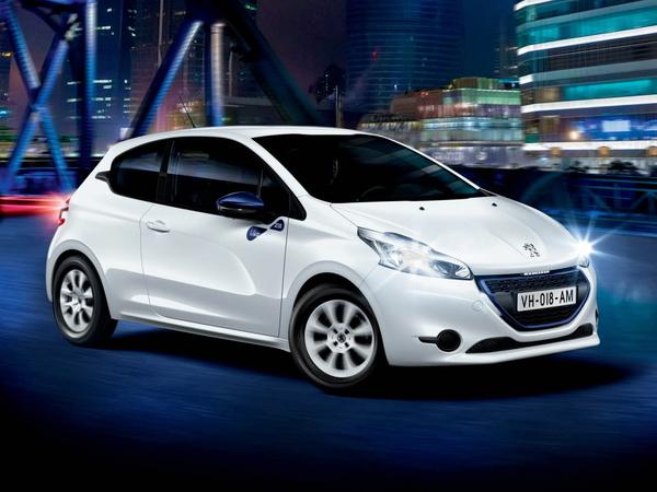 Toyota Corolla Le >> (MAJ) Peugeot 208 Like : nouvelle offre d'accès