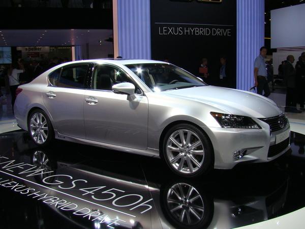En direct du salon de Francfort 2011 : nouvelle Lexus GS, meilleure en tout ?