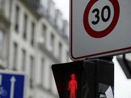 Paris : la Mairie discute ce soir de la limitation à 30 km/h et du bannissement des diesels