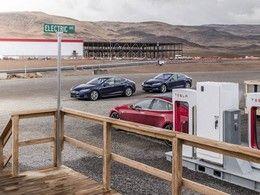 L'usine Tesla dans le Nevada est là