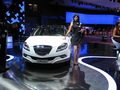 En direct du Mondial de Paris 2010: Lancia, Chrysler et les puzzle.