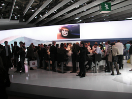 En direct du Mondial de Paris 2010 - Le stand le plus convivial...