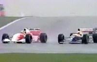 [La leçon de pilotage]: Ayrton Senna à Donington en 1993.