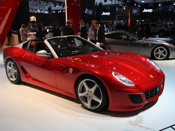 Mondial de Paris 2010 : Ferrari SA Aperta : en hommage à Pinin