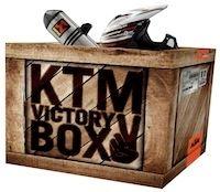 KTM Victory Box : 800 euros de cadeau se cachent dans la boite