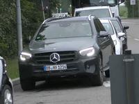 Le Mercedes GLC restylé en approche
