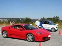 La vidéo du jour : Smart versus Ferrari