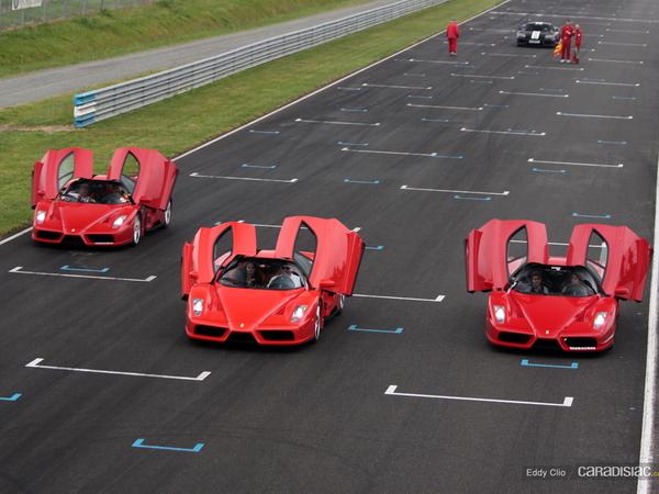 Photos du jour : Ferrari Enzo (Sport & Collection)