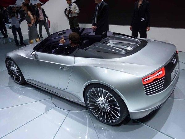 Salon de l'auto 2010 Live : Audi e-Tron Spyder, dans l'air du temps