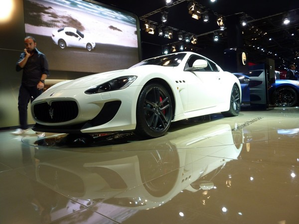 Mondial de Paris 2010 Live : Maserati Gran Turismo MC Stradale, menaçante