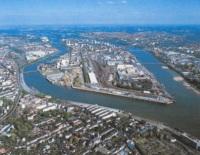 Nantes : une toile d'araignée urbaine