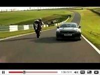 Ducati 1098S vs Nissan GT-R : L'année 2010 commence fort !!