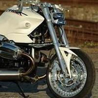 BMW R1100S Streetfighter: Mein Gott !
