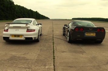 [vidéo] : Porsche 911 GT2 vs Corvette ZR-1, qui pousse le plus ?