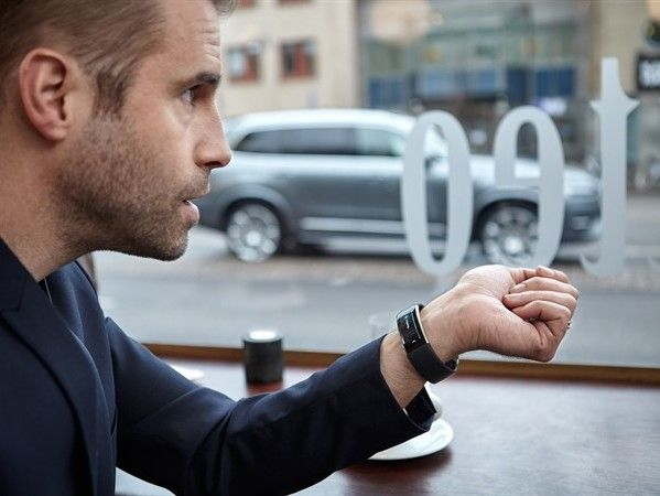 Volvo vous donne la possibilité de commander votre auto... avec votre montre