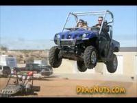 Vidéo moto : ATV jump