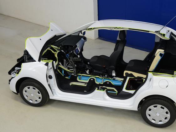 PSA s'apprête à décider de l'avenir de son partenariat avec Mitsubishi et de son projet Hybrid Air