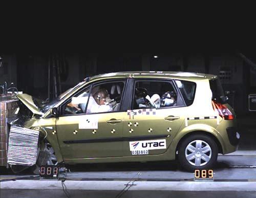 5 étoiles aux crash-tests Euro Ncap pour Scénic II