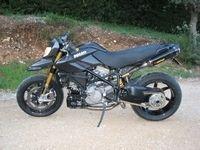 Ducati Hypermotard 1098S : Le super Hypermotard...