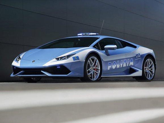Voici la Lamborghini Huracan de la police italienne