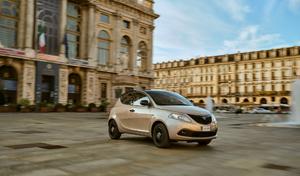 La Lancia Ypsilon poursuit sa carrière en Italie, et en hybride