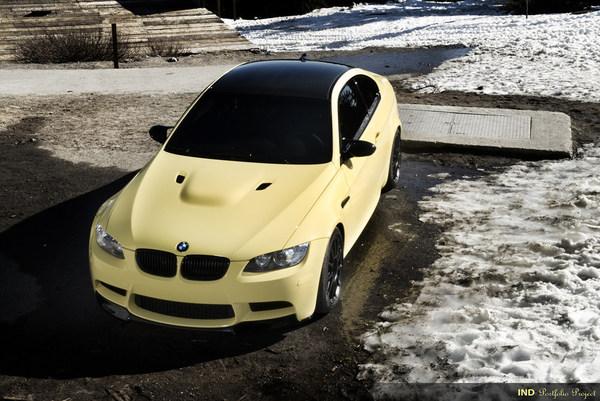 BMW M3 Dakar Yellow Project par IND : raid urbain