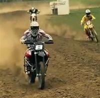 Vidéo : Marc Ristori reprend le guidon d'une moto