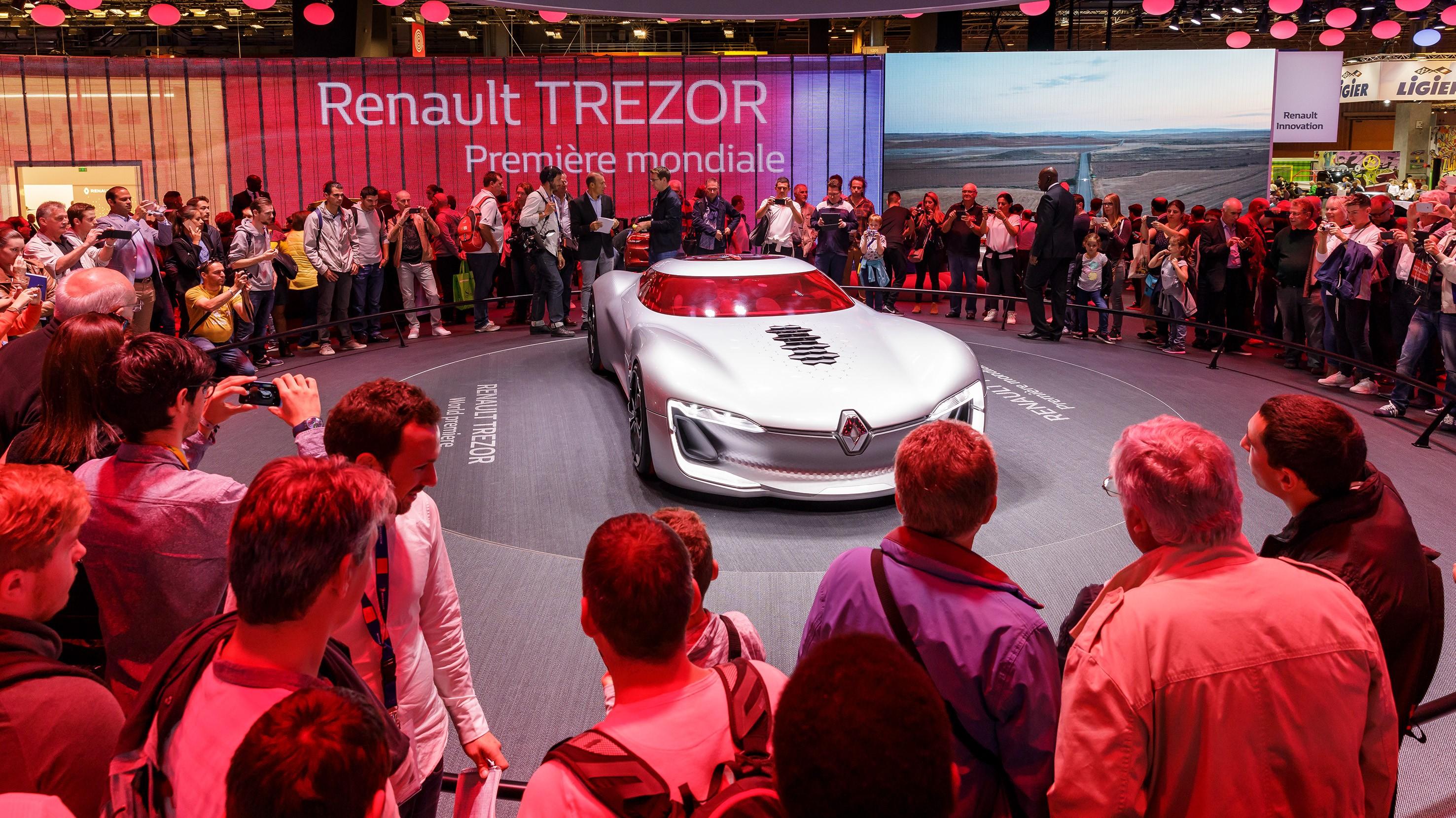 Mondial De Paris 2018 Petit Programme Pour Renault Dacia Et Alpine