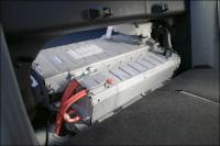 Remplacer la batterie NiMH d'un véhicule hybride, ça revient cher au fait ?