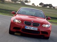 BMW M3 GTR ou Série 1 GTR en préparation?