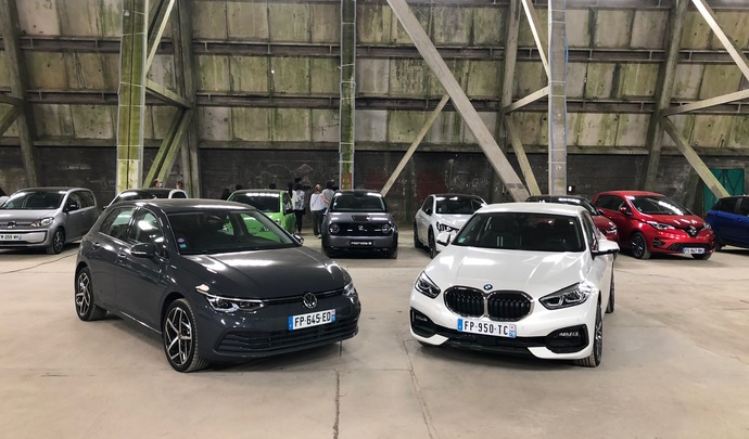 Volkswagen Golf 8 vs BMW Série 1 : bousculer l'ordre établi - Salon de l'Auto Caradisiac 2020