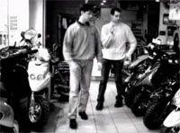 Vidéo moto :  Chérie, j'achète une moto...