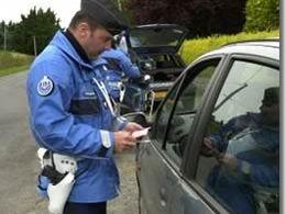 Dur : 1200 euros d'amende et trois mois de prison ferme pour avoir insulté des gendarmes sur Facebook !