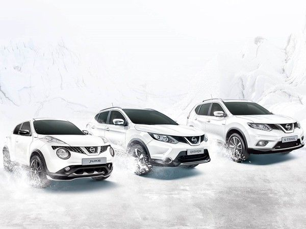 nissan white edition des crossovers juke qashqai et x trail blancs comme neige. Black Bedroom Furniture Sets. Home Design Ideas