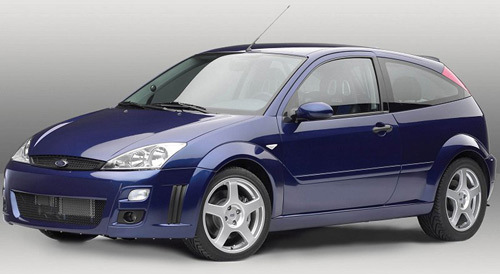 Une Ford Focus 8 cylindres