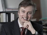 """En direct du Mondial de l'auto 2010 : ITW Daniele Schillaci, président de Toyota France : """"La FT-86 sera la première d'une lignée"""""""