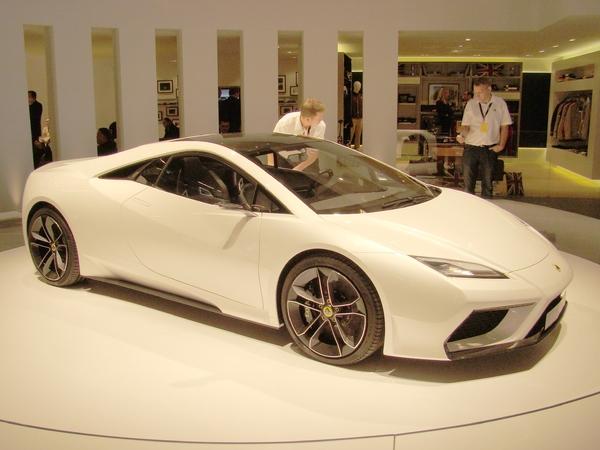 Mondial de Paris 2010 : stand Lotus, Esprit es-tu là ?